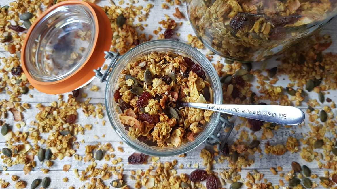 Golden Coconut & Seed Granola