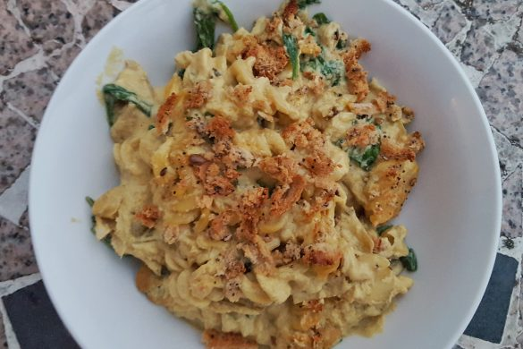 Cheesy Creamy Sunflower Seed Pasta Sauce
