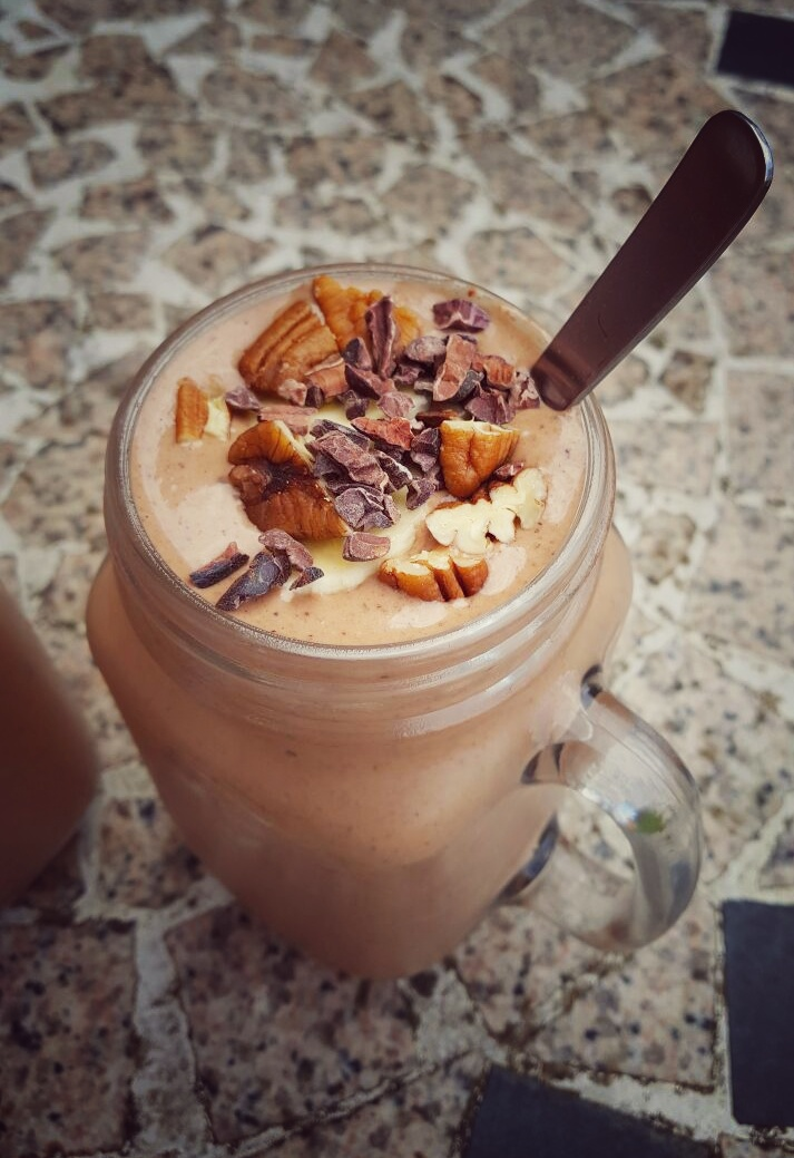 Waiting for the Weekend Choco-Nut Smoothie