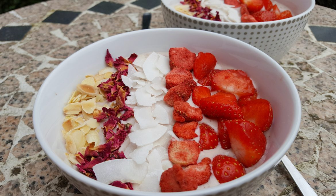 Strawberry and Rose Smoothie Bowl