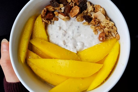 Coconut and Mango Overnight Oats